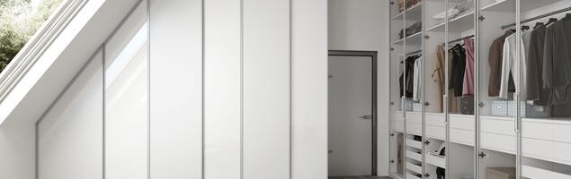Aranżacja garderoby – 3 sposoby na wymarzoną garderobę